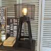 ORCHIDEA LAMPADA IN RETE METALLICA INDUSTRIAL