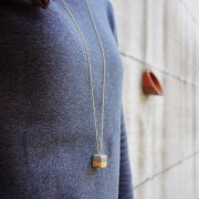 LINDANERA CUBE NECKLACE IN CONCRETE AND SILVER