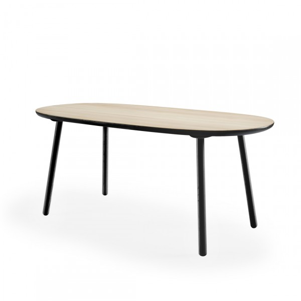 EMKO NAÏVE DINING TABLE D110