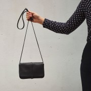 "KEECIE HANDBAG ""LUNCH BREAK"" BLACK"