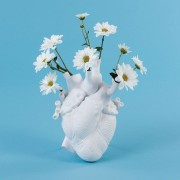 SELETTI LOVE IN BLOOM VASE
